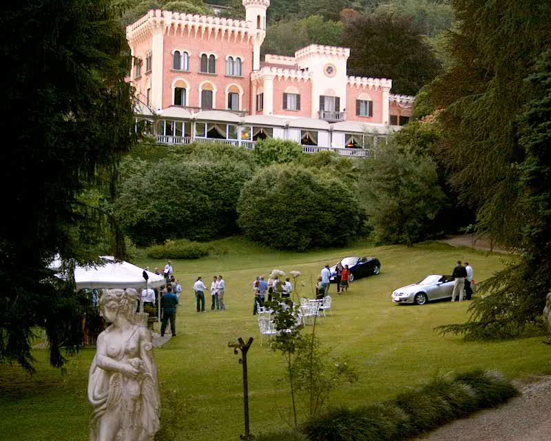 Manner and garden Lake Maggiore wedding